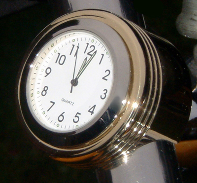 British Made BoldasBrass Bar Casing with White Clock